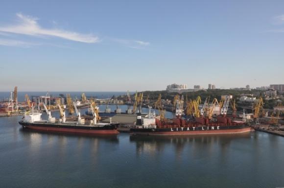 Агросектор зробив найбільший внесок у рекордну перевалку вантажів морпортами України фото, ілюстрація