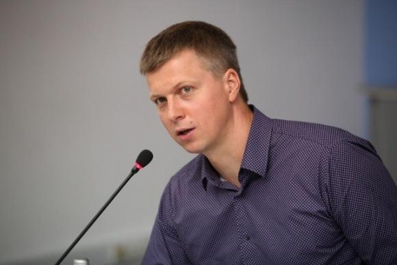Радник прем'єр-міністра відреагував на заяву екс-керівників держави щодо ринку землі в Україні фото, ілюстрація