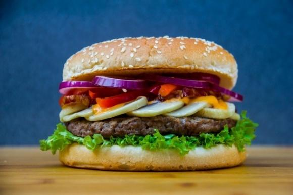 Новый конкурент Beyond Meat: Cargill начнет производить продукты из искусственного мяса фото, иллюстрация