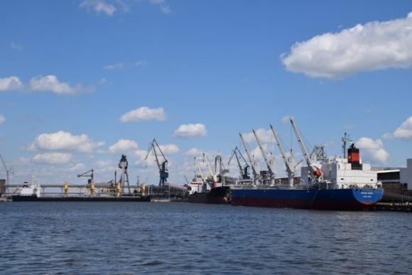 Новый расчет ставок портовых сборов должен быть к концу апреля - Кистион фото, иллюстрация
