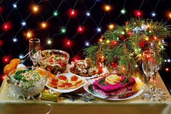 Новогодний стол обойдется украинцам в 1706 гривен, — ННЦ фото, иллюстрация