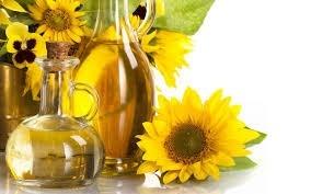 В Україні премія за високоолеїнову соняшникову олію за місяць зросла на $20 за тонну фото, ілюстрація