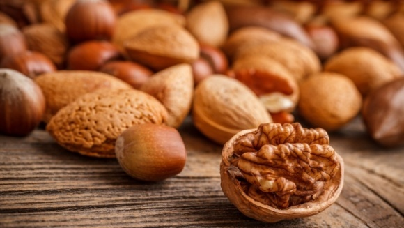 Волоський горіх і фундук мають приблизно однакову рентабельність, - експерт фото, ілюстрація