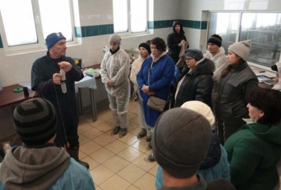 Как в Украине аграрии запустили школу, когда не нашли специалистов на зарплату от 1000 евро фото, иллюстрация
