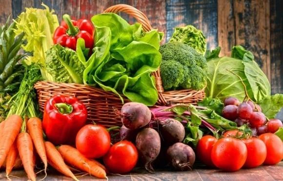 Продовольча безпека: чому Україна везе з-за кордону помідори, огірки, часник фото, ілюстрація