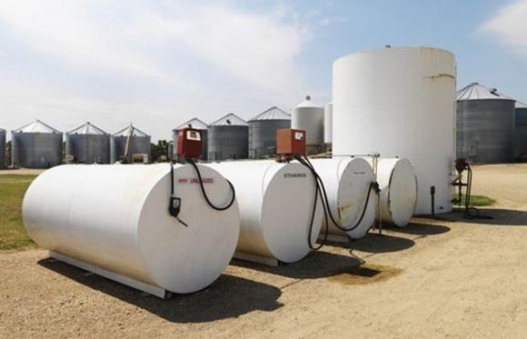 Уряд України ввів декларування цін на дизпаливо та бензин фото, ілюстрація