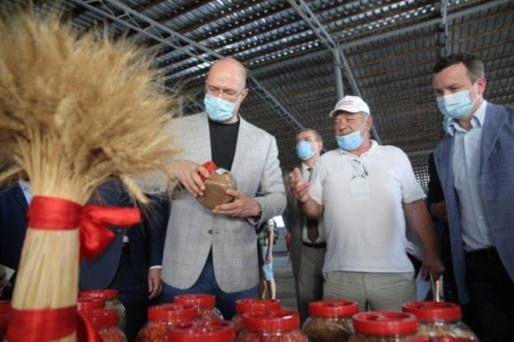 Основой аграрного сектора в Украине должна быть переработка, — премьер-министр фото, иллюстрация