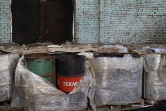 На Херсонщине потратят 4 миллиона на утилизацию опасных ядохимикатов фото, иллюстрация