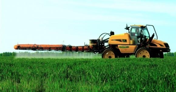 ЕС хочет вдвое сократить использование пестицидов в сельском хозяйстве фото, иллюстрация