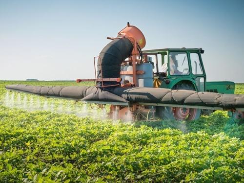 З сьогоднішнього дня спрощується порядок ввезення в Україну пестицидів фото, ілюстрація