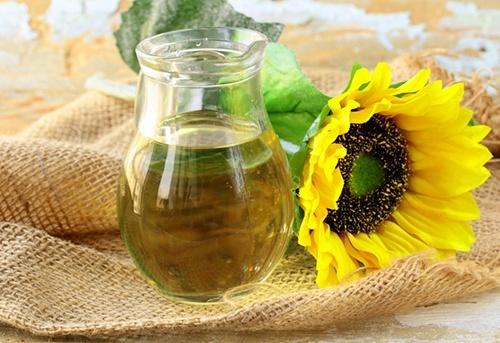 В Україні змінено держстандарт на соняшникову олію фото, ілюстрація