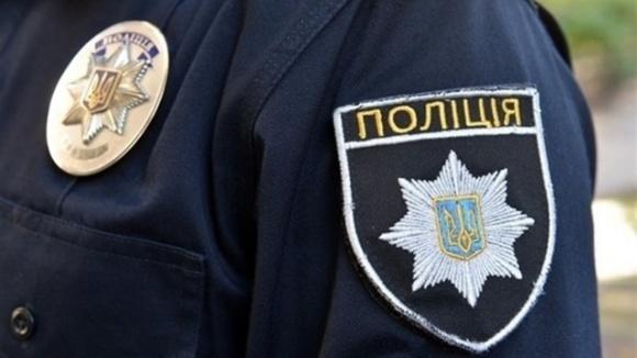 У будівлі Держрезерву в Києві знайшли чоловіка з перерізаним горлом фото, ілюстрація