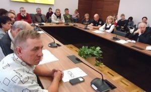 Глава Полтавской ОГА обвинил фермеров в самозахвате земли фото, иллюстрация