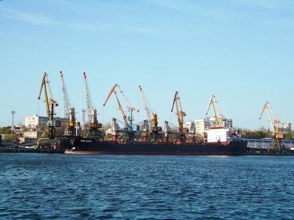 Суд заблокировал завершение конкурса на концессию Херсонского порта фото, иллюстрация