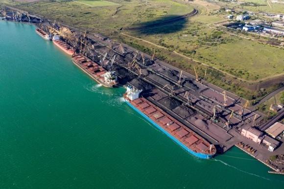 UMG Investments Рината Ахметова побудує зерновий термінал в порту Південний фото, ілюстрація