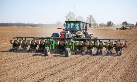Из-за карантина фермерские хозяйства оказались на грани катастрофы: существует угроза посевной фото, иллюстрация