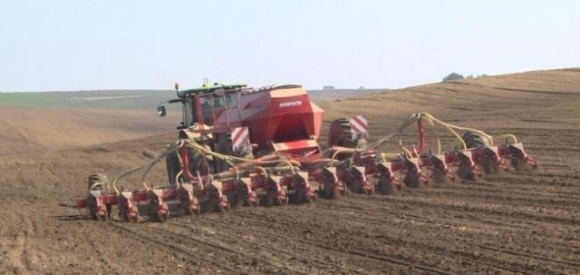 На Прикарпатье начался сев ранних яровых зерновых культур фото, иллюстрация