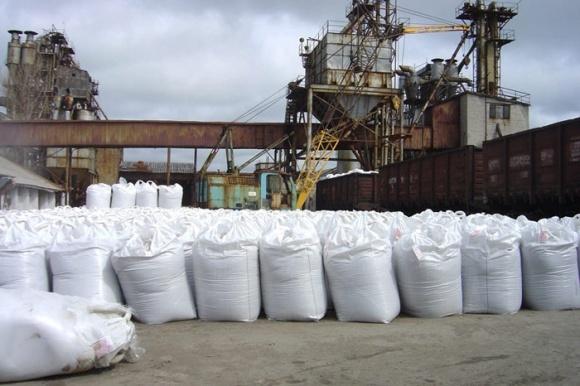 Украинские аграрии используют недостаточное количество минеральных удобрений – УАК фото, иллюстрация