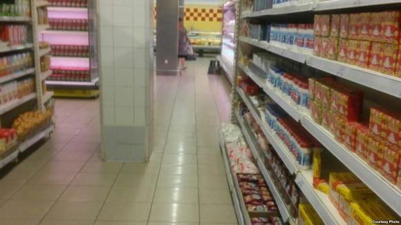 Продуктовый шоппинг в Донецке: засилие российского и отсутствие покупателей фото, иллюстрация