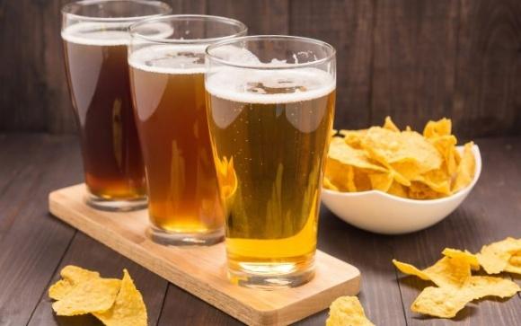 Ученые придумали, как побороть изменения климата с помощью пива и чипсов фото, иллюстрация