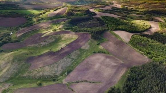 Распашка земель разрушает климат, — эксперт фото, иллюстрация
