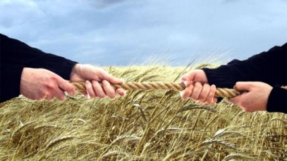 Обзор изменений антирейдерского законодательства в агросекторе фото, иллюстрация