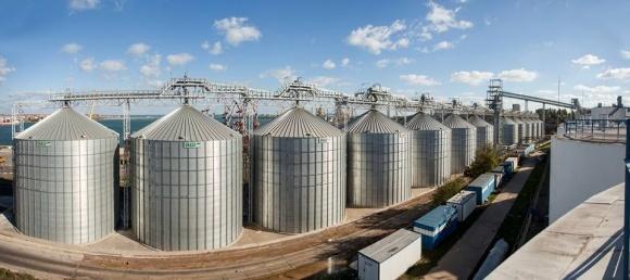 Зерновой терминал Risoil возобновил работу фото, иллюстрация