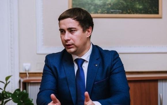 Новоназначенного министра аграрной политики и продовольствия Украины Романа Лещенко иностранные инвесторы обвиняют в мошенничестве фото, иллюстрация
