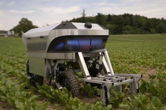 Агроробот на сонячній енергії почне допомагати фермерам фото, ілюстрація