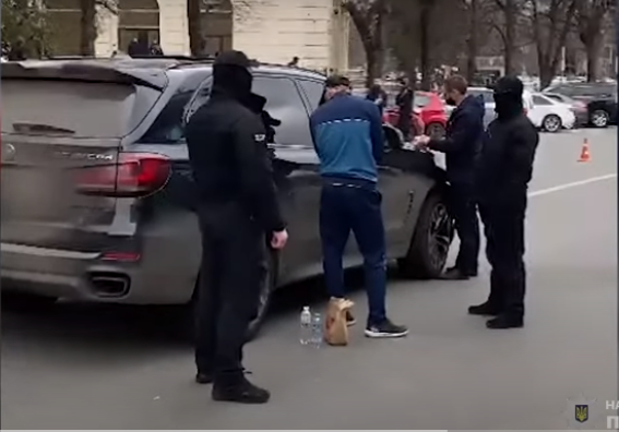 В Харкові побили керівника великої агрокомпанії та загрожували його родині фото, ілюстрація