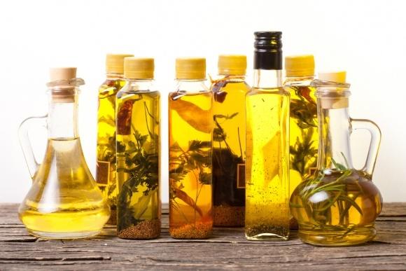Производство сырых растительных масел в Украине в 2017 году выросло на 14% фото, иллюстрация