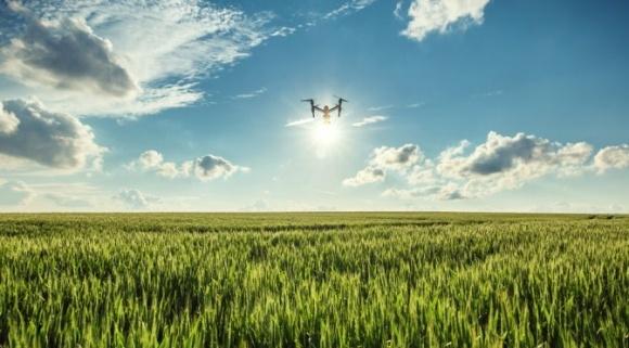 Представлен проект технологии связи с беспилотником за линией горизонта фото, иллюстрация