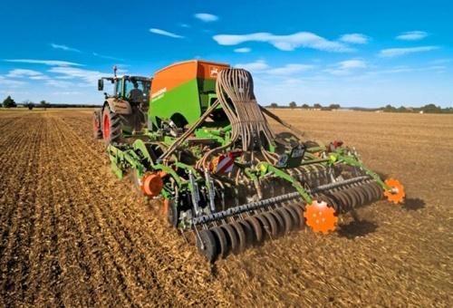 Аграрії вже засіяли 75% посівних площ ярими зерновими фото, ілюстрація