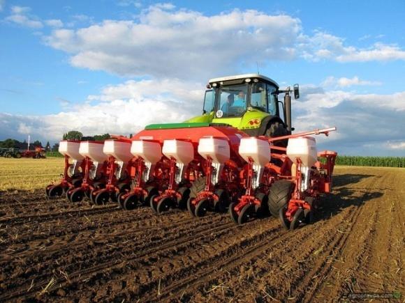 В Запорожской области погода способствует севбе нового урожая  фото, иллюстрация