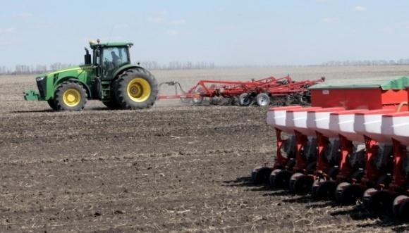 В Україні посіяли перші 300 тис. га ярих зернових та зернобобових культур фото, ілюстрація