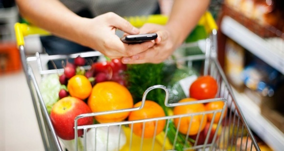 iPhone поможет определить качество продуктов фото, иллюстрация