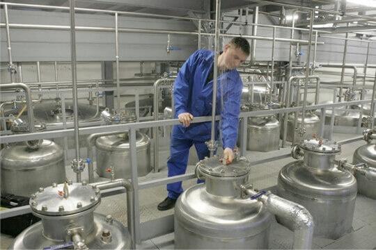Нардепи пропонують дозволити виробництво солодового спирту для віскі фото, ілюстрація