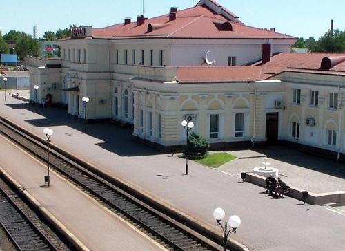 Укрзалізниця зменшила тарифну відстань для відправницьких маршрутів на станцію Херсон-Порт фото, ілюстрація