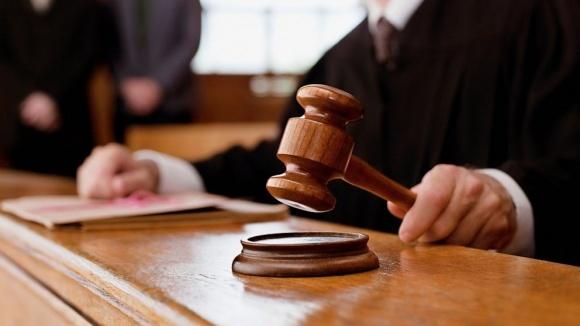На Луганщині суд повернув ПТУ землі, що були передані фермеру фото, ілюстрація