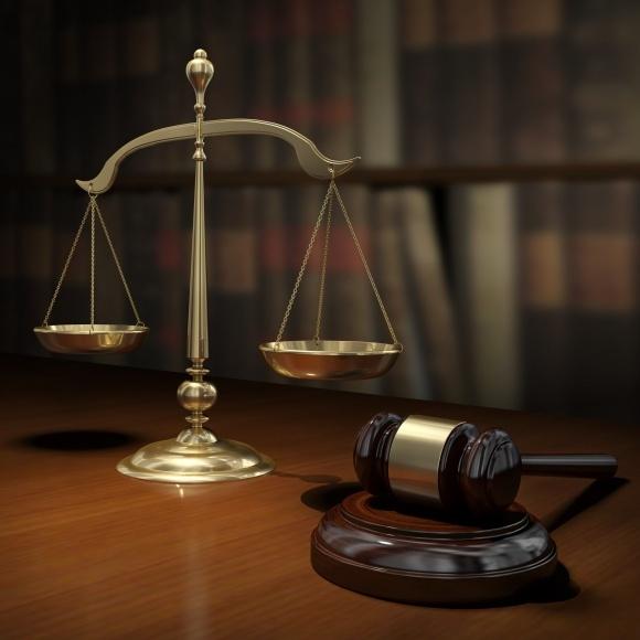 Изменения в законе должны защитить от рейдеров фото, иллюстрация