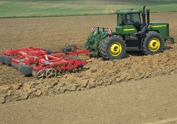 Утвержден механизм компенсации за приобретение сельхозтехники фото, иллюстрация
