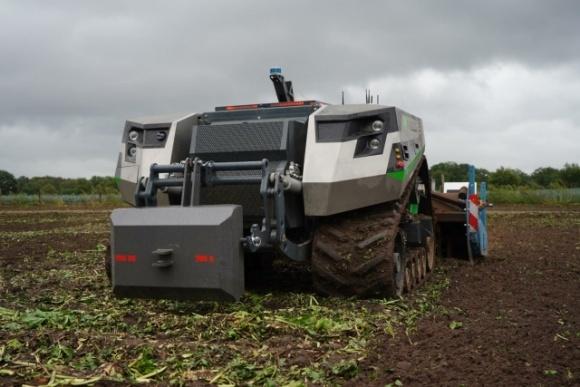 CLAAS инвестирует в нидерландский стартап, который разрабатывает автономный трактор  фото, иллюстрация