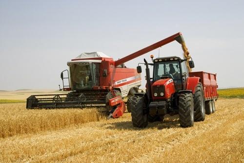 Кабмин компенсирует производителям сельхозтехники 20%, но не всем фото, иллюстрация
