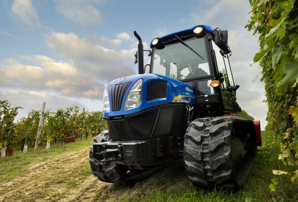 New Holland планирует расширить предложение гусеничных тракторов в Восточной Европе фото, иллюстрация