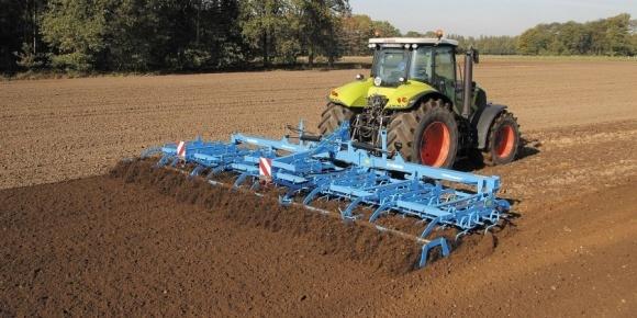 """В Agricom Group рассказали, на что поменяли """"классику"""" обработки почв фото, иллюстрация"""