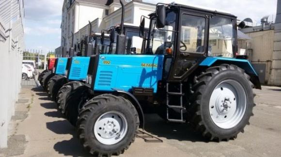 На Хмельниччине фермер сумел вернуть себе полмиллиона за некачественный трактор фото, иллюстрация