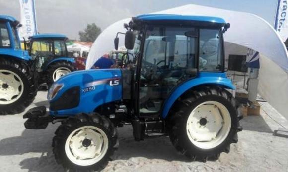 На украинском ЗАЗе будут выпускать корейские трактора фото, иллюстрация