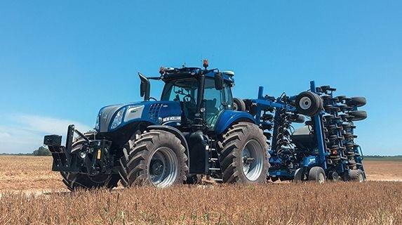 Беспилотный трактор New Holland NHDrive получил международное признание фото, иллюстрация