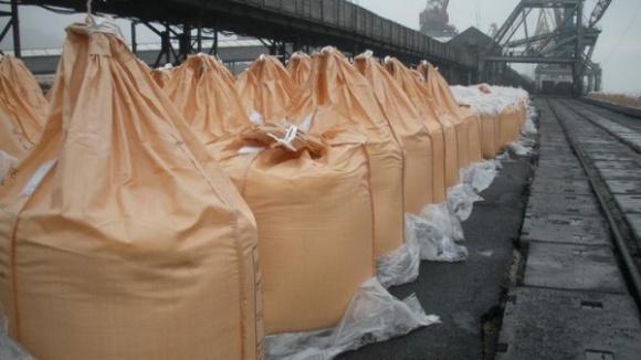 Осеннюю посевную аграриии проведут исключительно на российских удобрениях? фото, иллюстрация