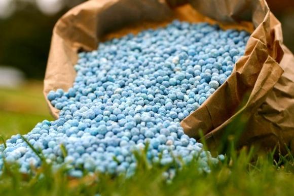 Україна може виробляти фосфатні добрива фото, ілюстрація